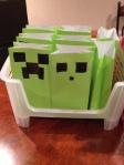 one green bag + 1 sharpie = cheap-o favor bag!